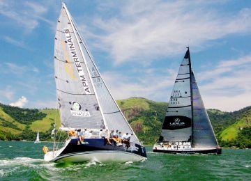 Itajaí Sailing Team é primeira colocada da Regata Ilha de Caras